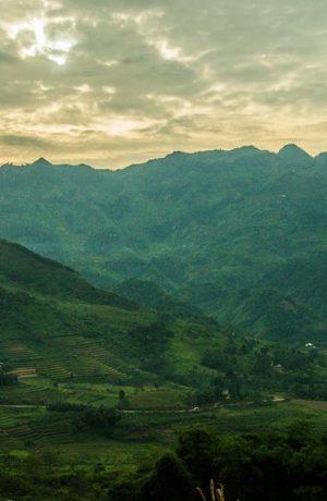 Hòa Bình-Mai Châu-Sơn LA-Điện Biên-Sapa (Tour khám phá)